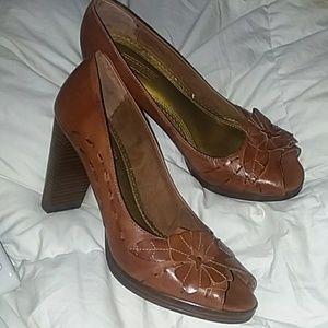 Seychelles brown leather peep toe pumps Sz. 9.5